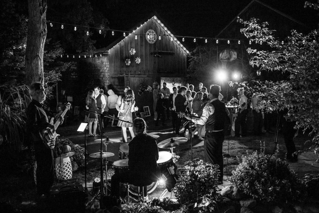 DCF Wedding Music Band Outdoor Wedding